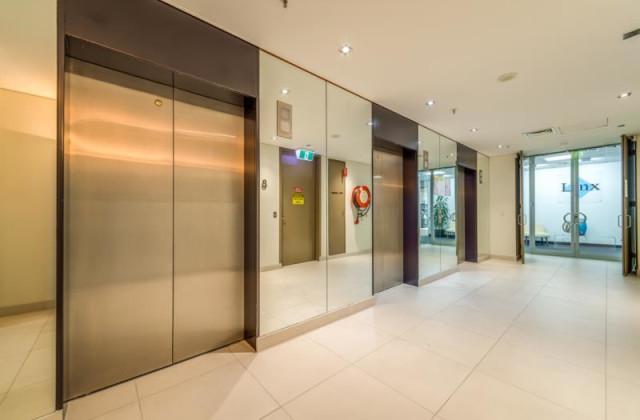 3 Bowen Crescent, MELBOURNE VIC, 3004