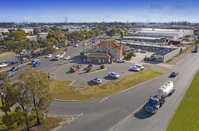 700 Geelong Road, BROOKLYN VIC, 3012