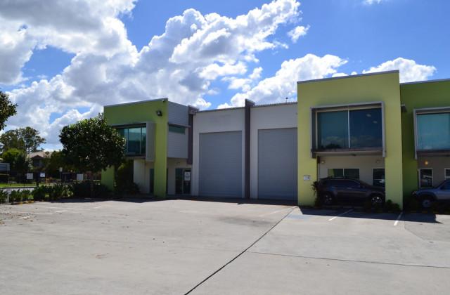 1/3-19 University Drive, MEADOWBROOK QLD, 4131
