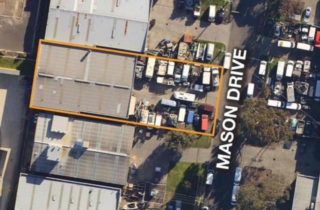 10 Mason Drive, BRAESIDE VIC, 3195