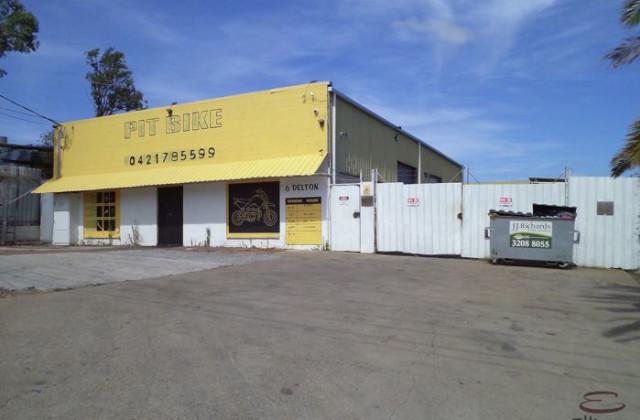 2/6 Delton Street, KINGSTON QLD, 4114