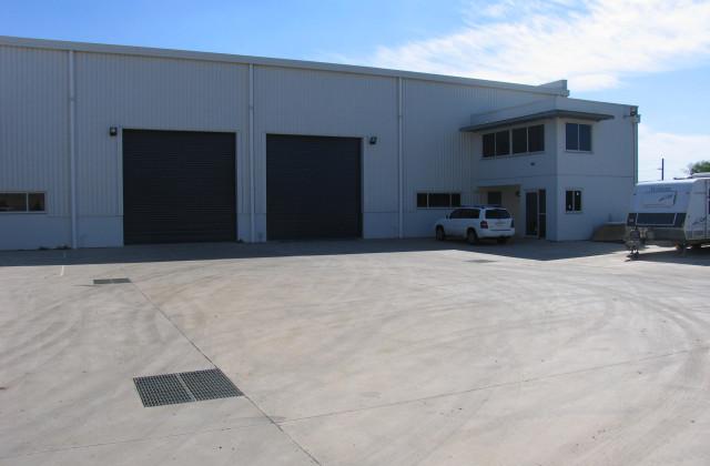 4 Waynote Place, UNANDERRA NSW, 2526