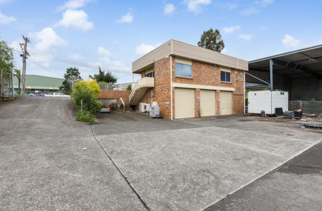 20 Waverley Drive, UNANDERRA NSW, 2526