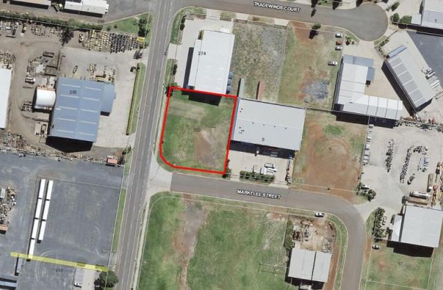 Lot/1 Markelee Street, GLENVALE QLD, 4350