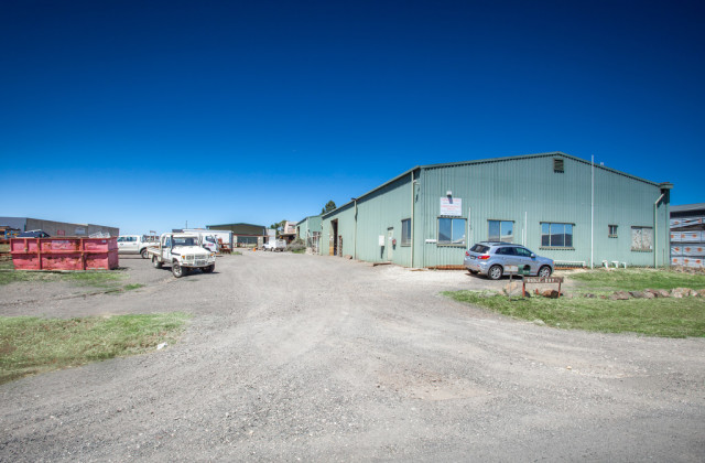 Factory 1 & 2 /14 Parker Road, NEW GISBORNE VIC, 3438