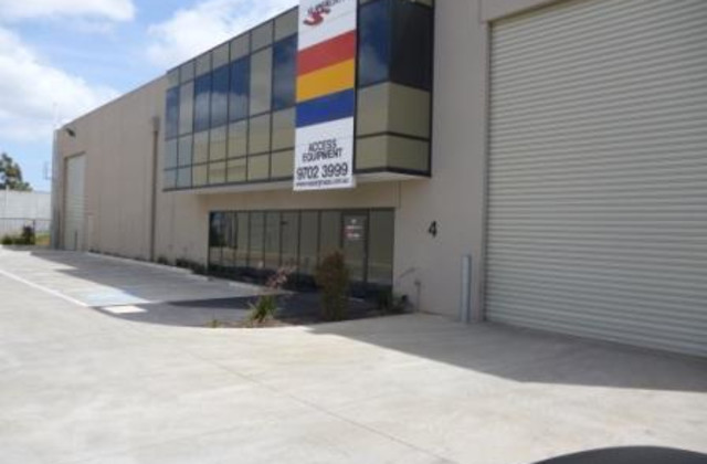 Unit 4/26-28 Abbott Road, HALLAM VIC, 3803