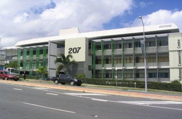 Level 3/207 Currumburra Road, ASHMORE QLD, 4214