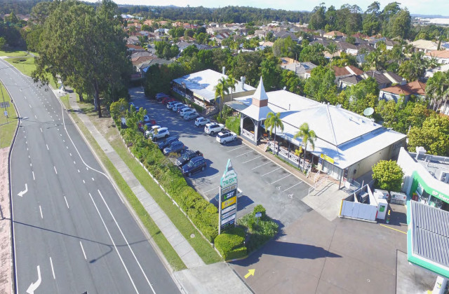 Commercial Retail Investment  10-16 Merrilaine Crescent, MERRIMAC QLD, 4226