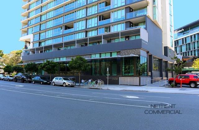 2-8 Harbour Road, HAMILTON QLD, 4007