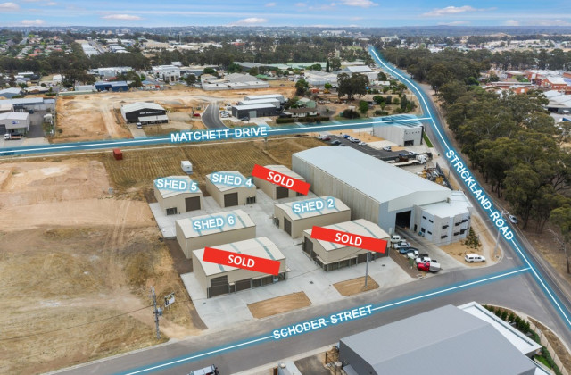Shed 2, 4 Schoder Street, STRATHDALE VIC, 3550