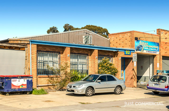 92 Levanswell Road, MOORABBIN VIC, 3189