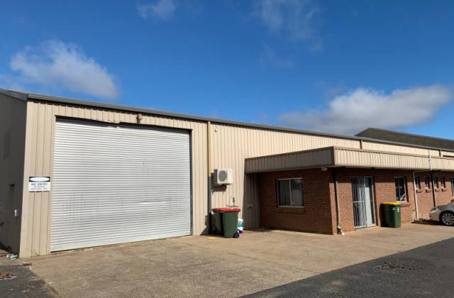 Shed  1/20 Leewood Drive, ORANGE NSW, 2800