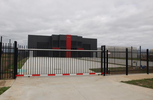 Factory 1/6 (Lot 77) Palomo Drive, CRANBOURNE WEST VIC, 3977