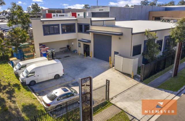 137 Ballandella Road, PENDLE HILL NSW, 2145