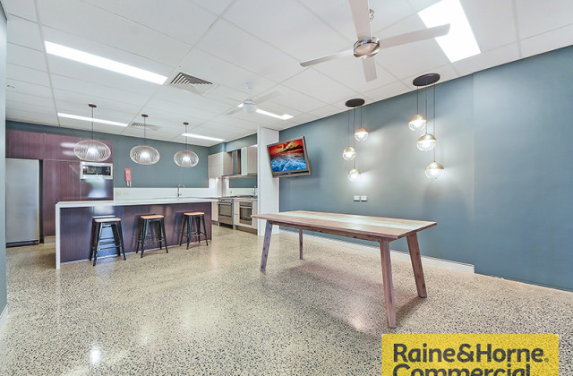 1/21-23 Flinders Parade, NORTH LAKES QLD, 4509
