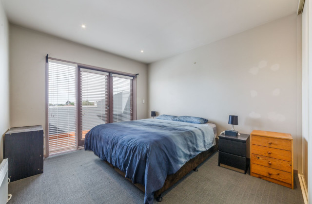 831-833 Glen Huntly Road, CAULFIELD VIC, 3162