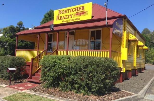 76 Warwick Road, IPSWICH QLD, 4305