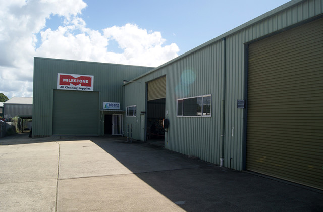 3/12 Industrial Avenue, CALOUNDRA WEST QLD, 4551