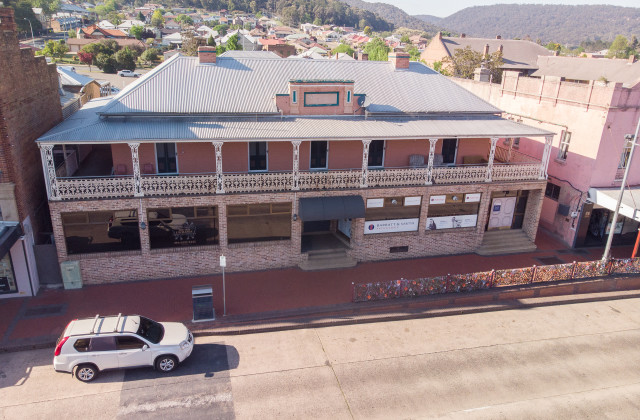 83 Main Street, LITHGOW NSW, 2790