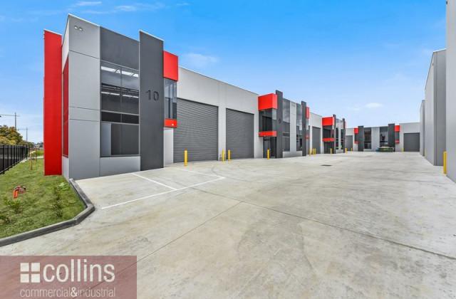 Warehouse 9, 39 Commercial Drive, PAKENHAM VIC, 3810