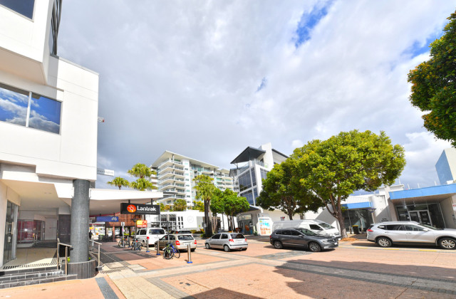 Suite 4a/26 Duporth Avenue, MAROOCHYDORE QLD, 4558