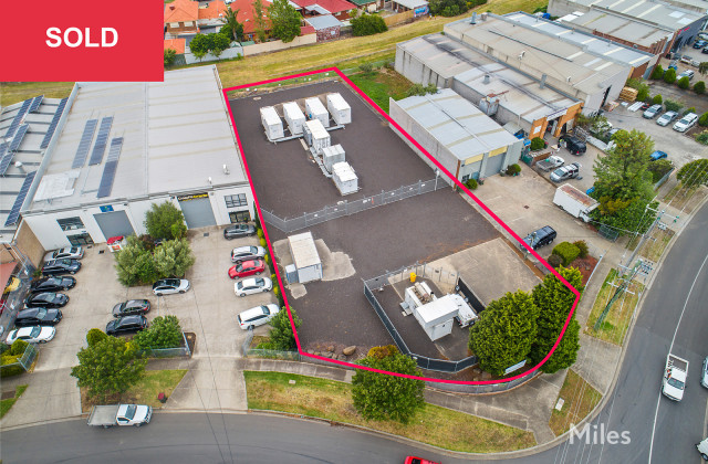 2 Longview Court, THOMASTOWN VIC, 3074