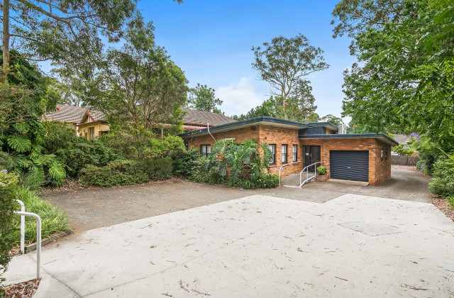 10 Fisher Avenue, PENNANT HILLS NSW, 2120