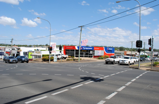 194 Herries Street, TOOWOOMBA CITY QLD, 4350