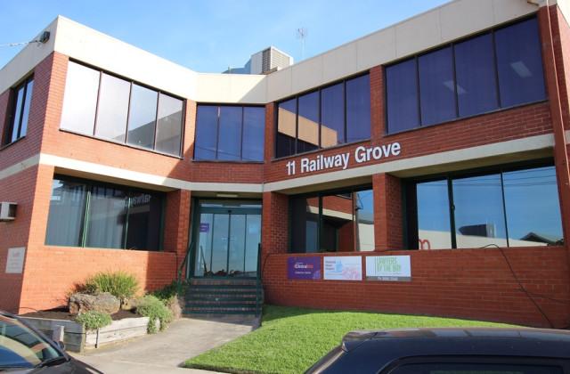 1/11 Railway Grove, MORNINGTON VIC, 3931