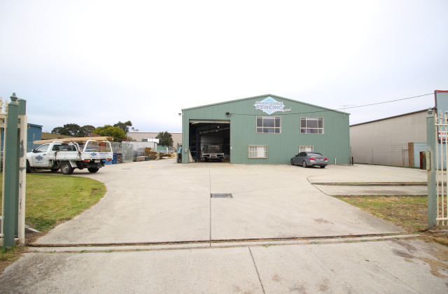 12 Industrial Drive, SOMERVILLE VIC, 3912
