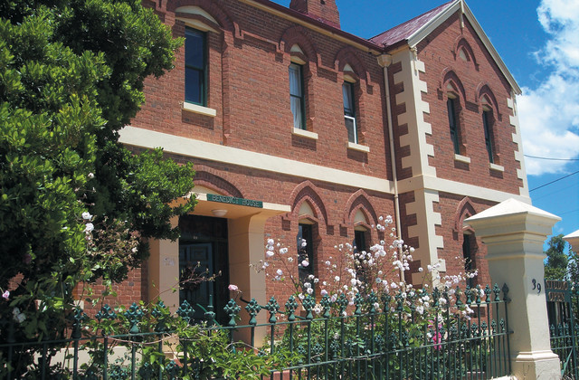 39 Isabella Street, QUEANBEYAN NSW, 2620