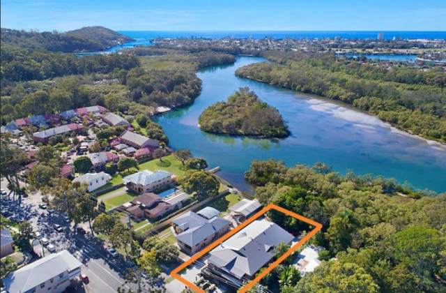 2c/34 Tallebudgera Creek Road, BURLEIGH HEADS QLD, 4220