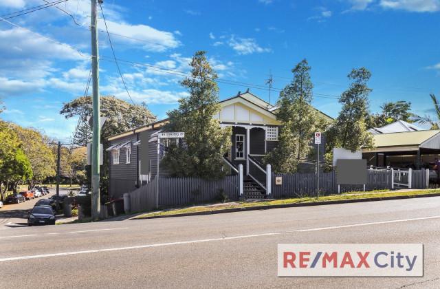 102 Waterworks Road, ASHGROVE QLD, 4060