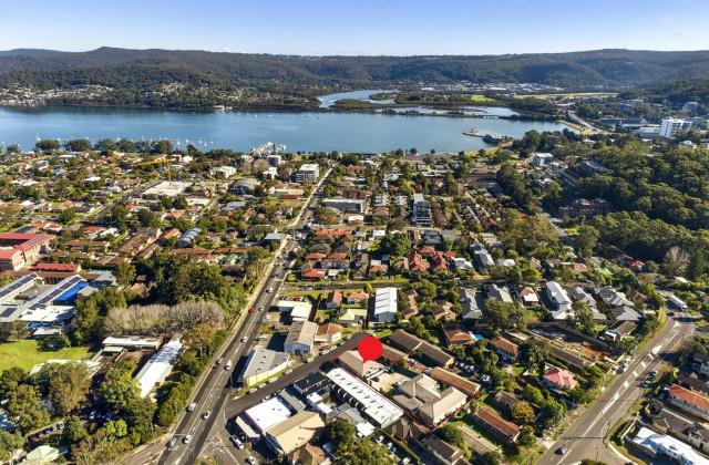 65A & 65B Webb Street, EAST GOSFORD NSW, 2250