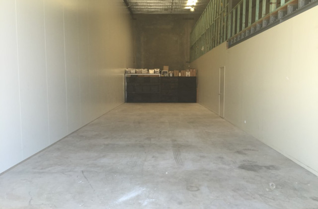 15C/11-17 Cairns Street, LOGANHOLME QLD, 4129