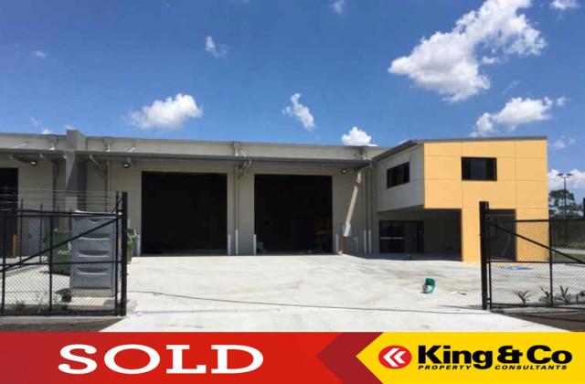 8 Siltstone Place, BERRINBA QLD, 4117