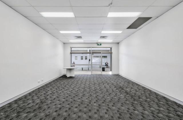 Suite 6/3 Dennis Road, SPRINGWOOD QLD, 4127