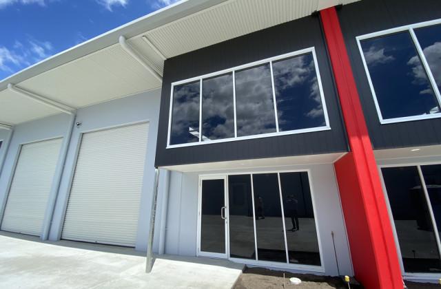 Unit 5/17 Main Drive, WARANA QLD, 4575