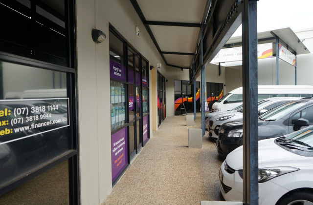 4/8 Commercial Drive, SPRINGFIELD QLD, 4300