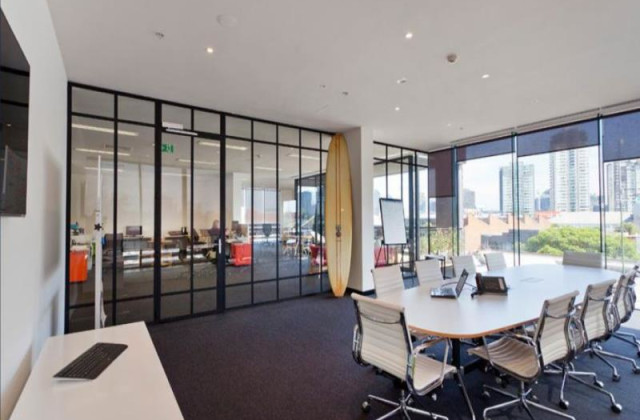 Level 2 / 2-4 Ross Place, SOUTH MELBOURNE VIC, 3205