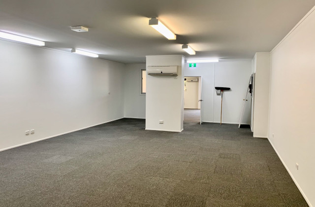 Unit 14/131-135 Old Pacific Highway, OXENFORD QLD, 4210