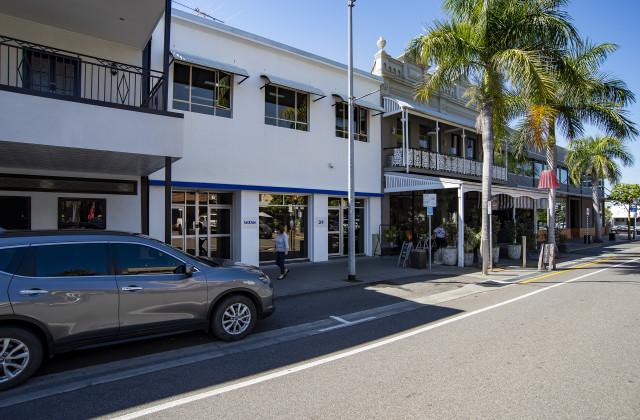 24 Logan Road, WOOLLOONGABBA QLD, 4102