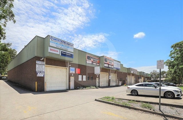 6/4 ANELLA AVENUE, CASTLE HILL NSW, 2154