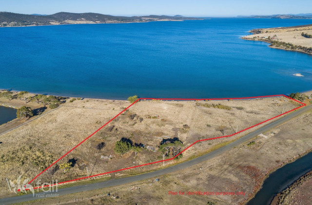 115 Droughty Point Road, ROKEBY TAS, 7019