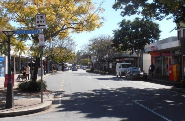 414 Logan Road, GREENSLOPES QLD, 4120
