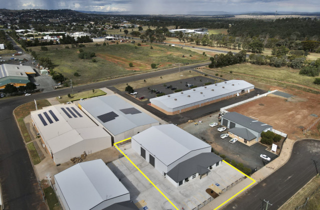 Shed 1 36 Boyd Circuit, PARKES NSW, 2870