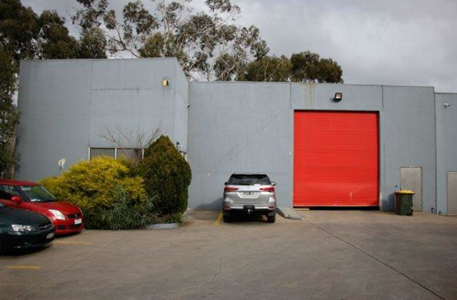 2/1644 Ferntree Gully Road, KNOXFIELD VIC, 3180