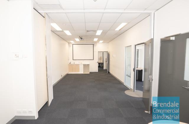 9&10/454-458 Gympie Rd, STRATHPINE QLD, 4500