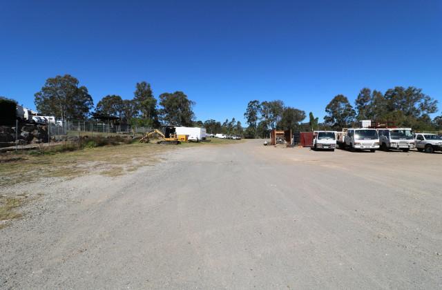 251-253 Queens Road, KINGSTON QLD, 4114