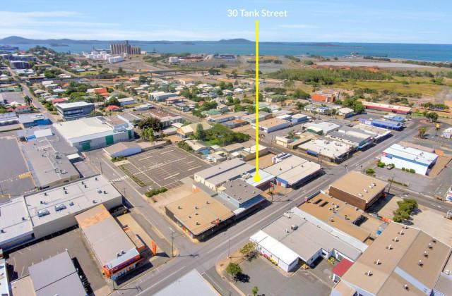 6/30 Tank Street, GLADSTONE CENTRAL QLD, 4680